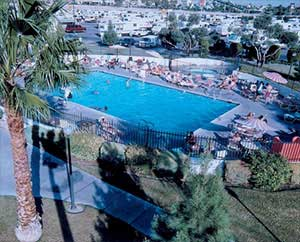 swimming pool at CIRCUSLAND RV PARK