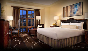 Our spacious 495 sq. ft. Deluxe or Superior King hotel rooms