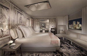 Lux Signature King Suite